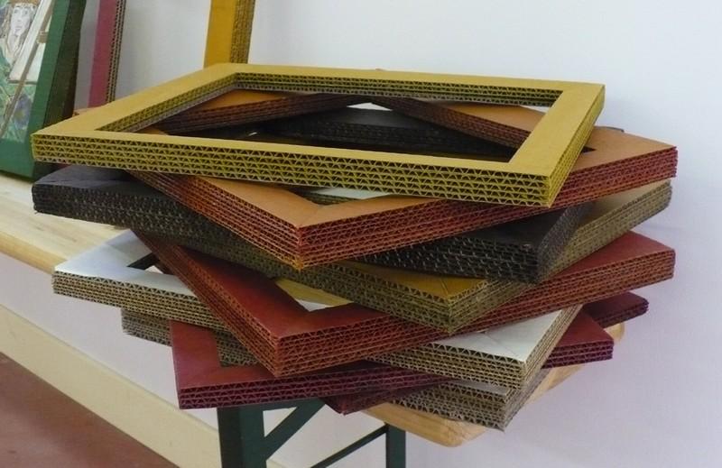 construire un cadre en carton
