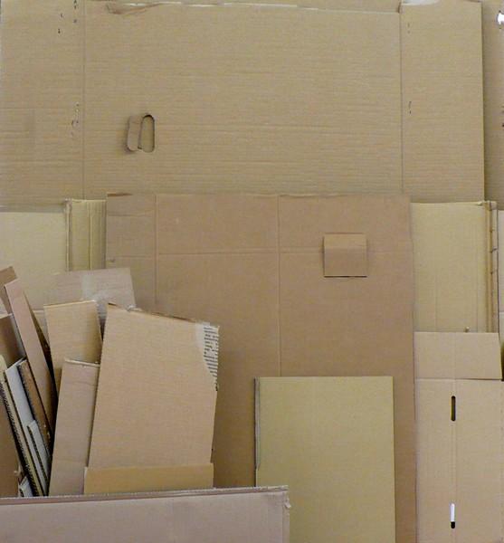 stock de carton facile trouver les commerants sont ravis quuon les en dbarrasse